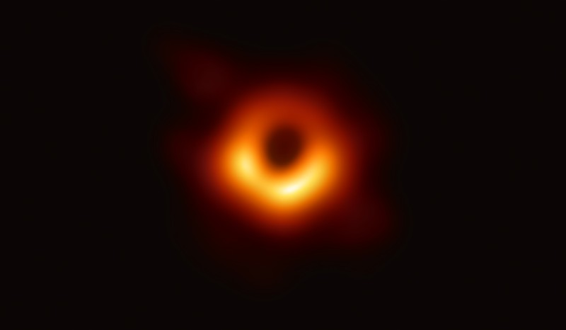 O M87, fotografado pelo Event Horizon Telescope (Foto: Event Horizon Telescope Collaboration)