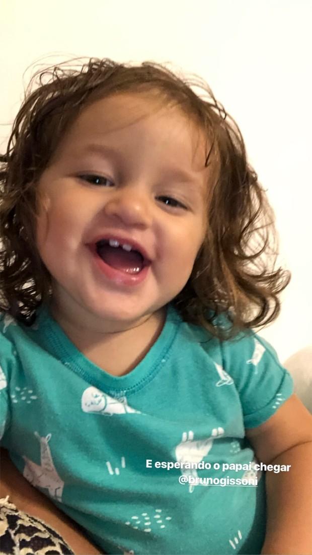 Madalena, filha de Bruno Gissoni e Yanna Lavigne (Foto: Reprodução / Instagram)