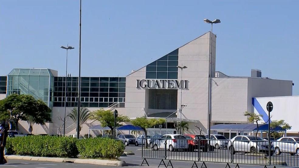 Fachada do Shopping Iguatemi Esplanada, que fica na divisa entre Sorocaba e Votorantim — Foto: Alex Cardim/TV TEM