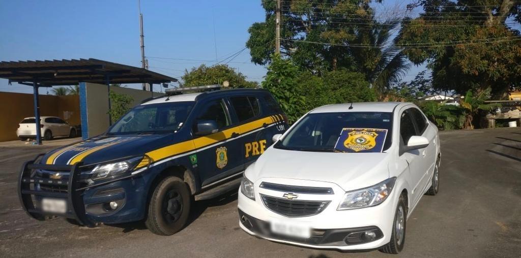 Carro furtado após negociação de venda pela internet é recuperado pela PRF, na Paraíba - Notícias - Plantão Diário