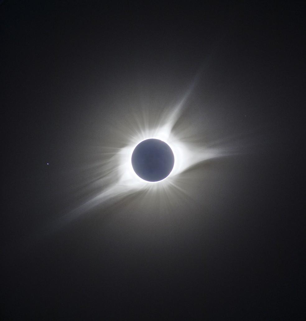 Coroa solar capturada durante eclipse de 2017 — Foto: Arquivo pessoal/Marcelo Domingues