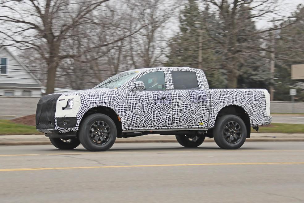 Ford Ranger terá novas proporções e uma dianteira mais longa — Foto: Automedia