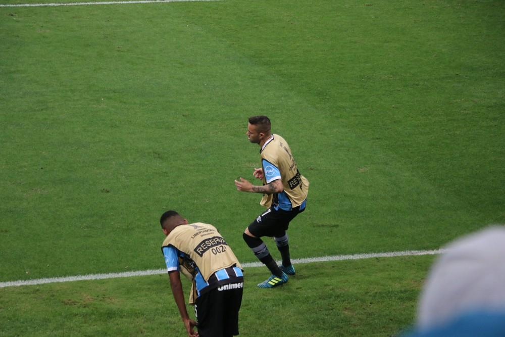 Do amor à confiança: Luan se declara ao Grêmio e crê em sequência para retomar nível Img_3189