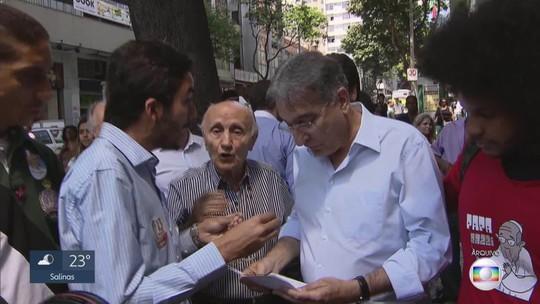 Pimentel é interrogado em processo que responde por uso de notas frias, em 2010