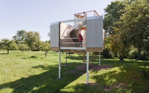 Designers criam casa na árvore com escorregador, em Nova York