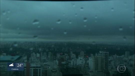 Frente fria traz chuva para São Paulo neste domingo