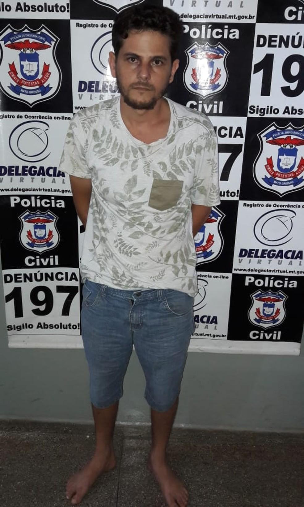 Juney Bonaido de Souza foi preso suspeito de mandar roubar a ex-mulher para que ela reatasse o relacionamento com ele em Rondonópolis — Foto: Polícia Civil de Mato Grosso/Assessoria