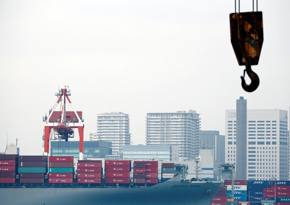 Navio cargueiro no porto de Tóquio (Foto: REUTERS/Kim Kyung-Hoon/Arquivo)