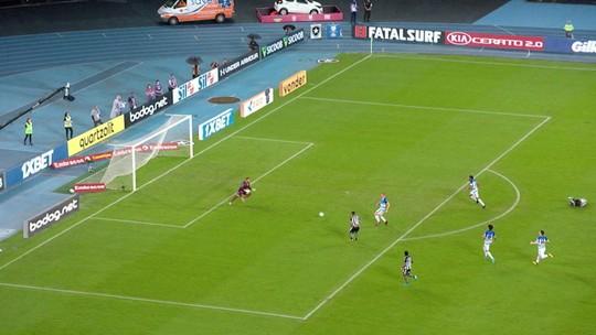 """Valentim admite que Botafogo não foi bem, mas diz: """"Era importantíssimo somar os três pontos"""""""