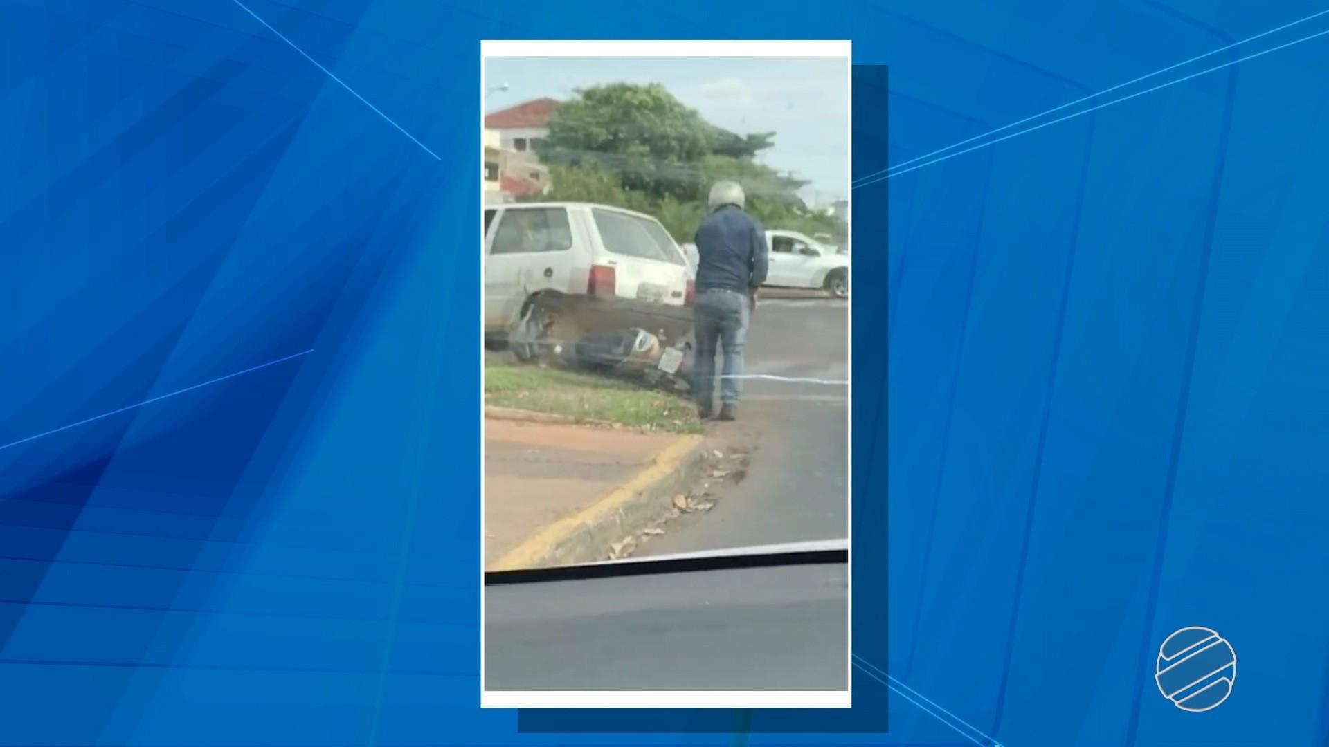 Motorista foge após jogar carro em cima de motociclista em avenida de Três Lagoas, MS; veja vídeo