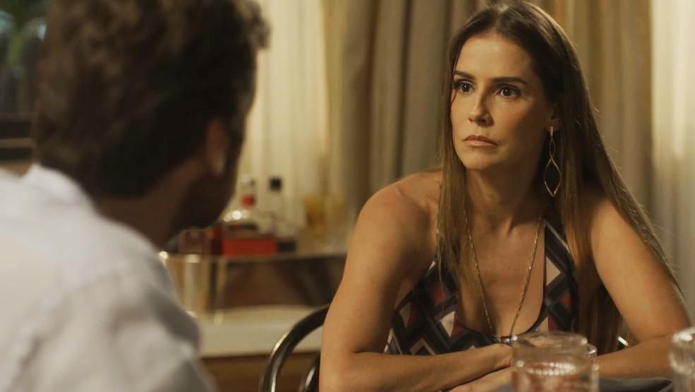 Rosto de quem está chocada com a pergunta — Foto: TV Globo
