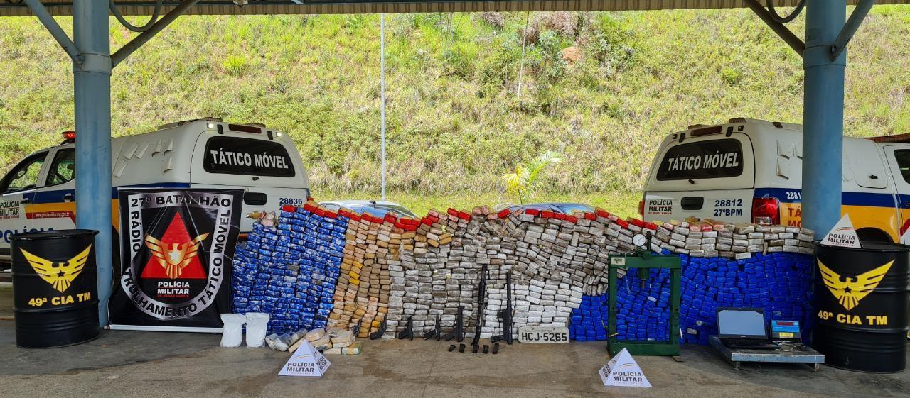 PM apreende grande quantidade de drogas e submetralhadora em Juiz de Fora