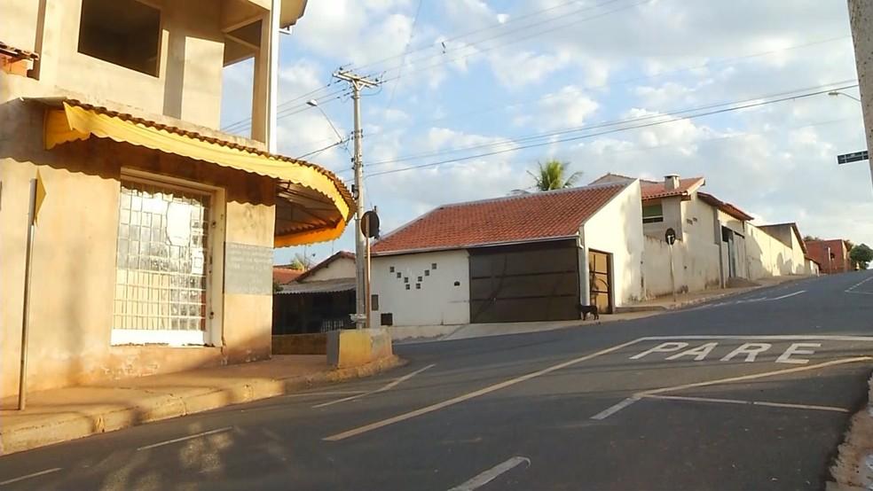 Padaria de Palmares Paulista onde crime foi registrado — Foto: Reprodução/TV TEM