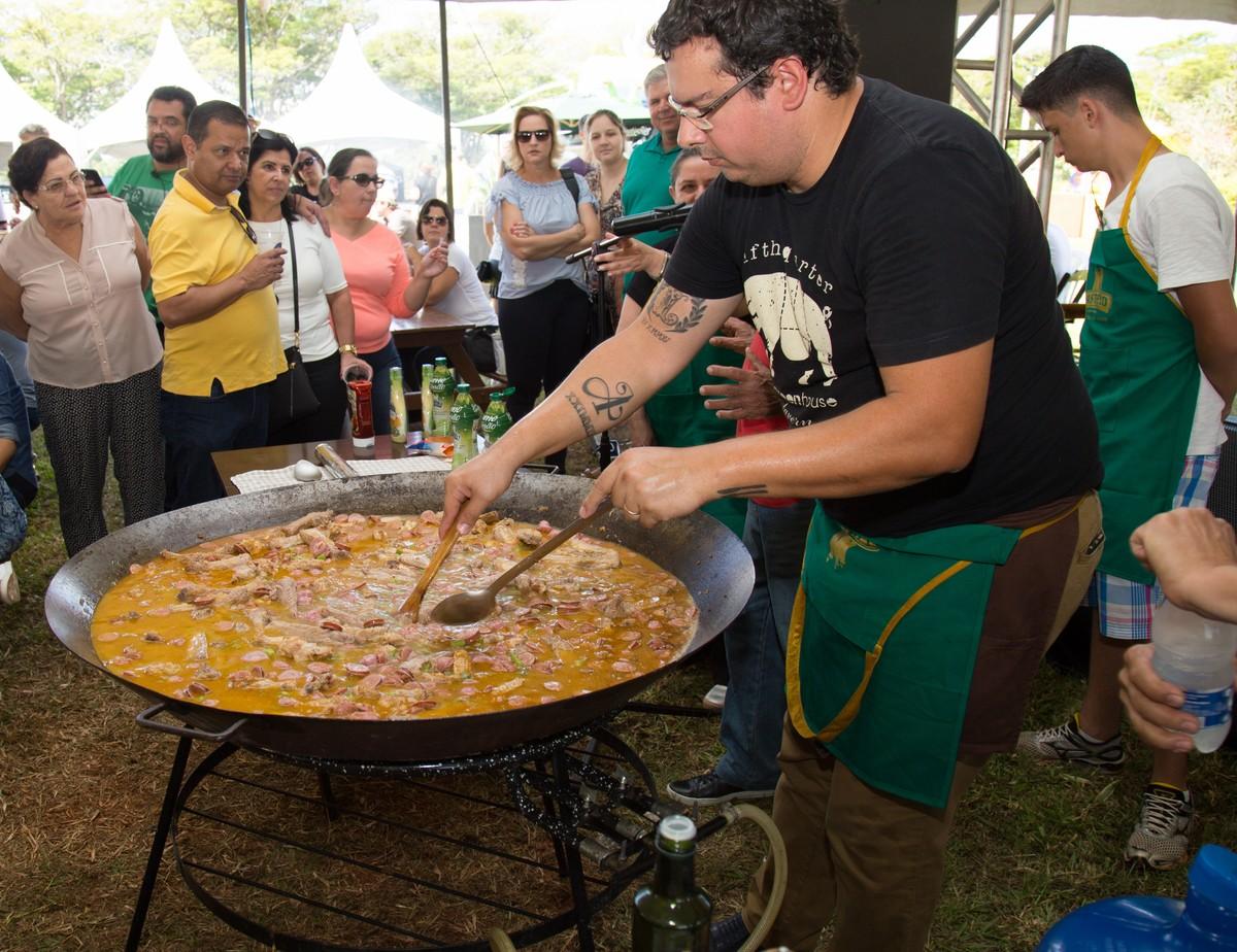 Festa em Vinhedo marca encerramento do festival gastronômico 'Sabores da Terra'