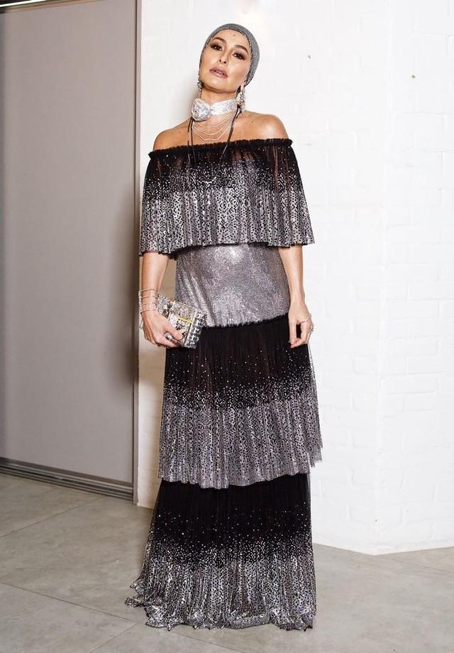 Sabrina Sato de Dolce & Gabbana no leilão do Instituto Projeto Neymar (Foto: Reprodução)