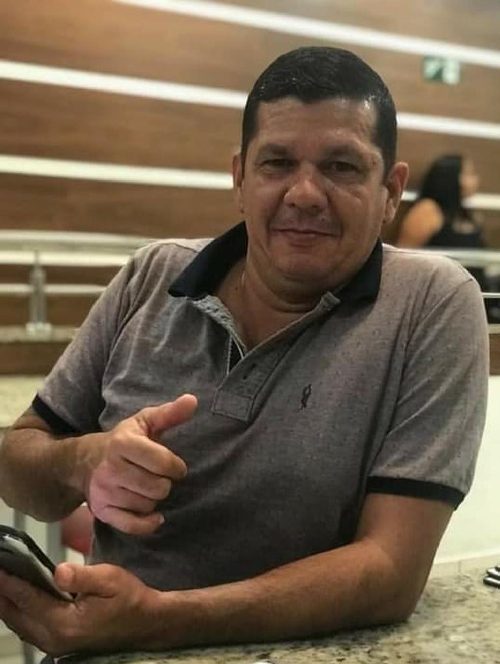 Rogério Cardoso dos Santos, de 44 anos, deixou esposa e três filhos — Foto: Arquivo pessoal