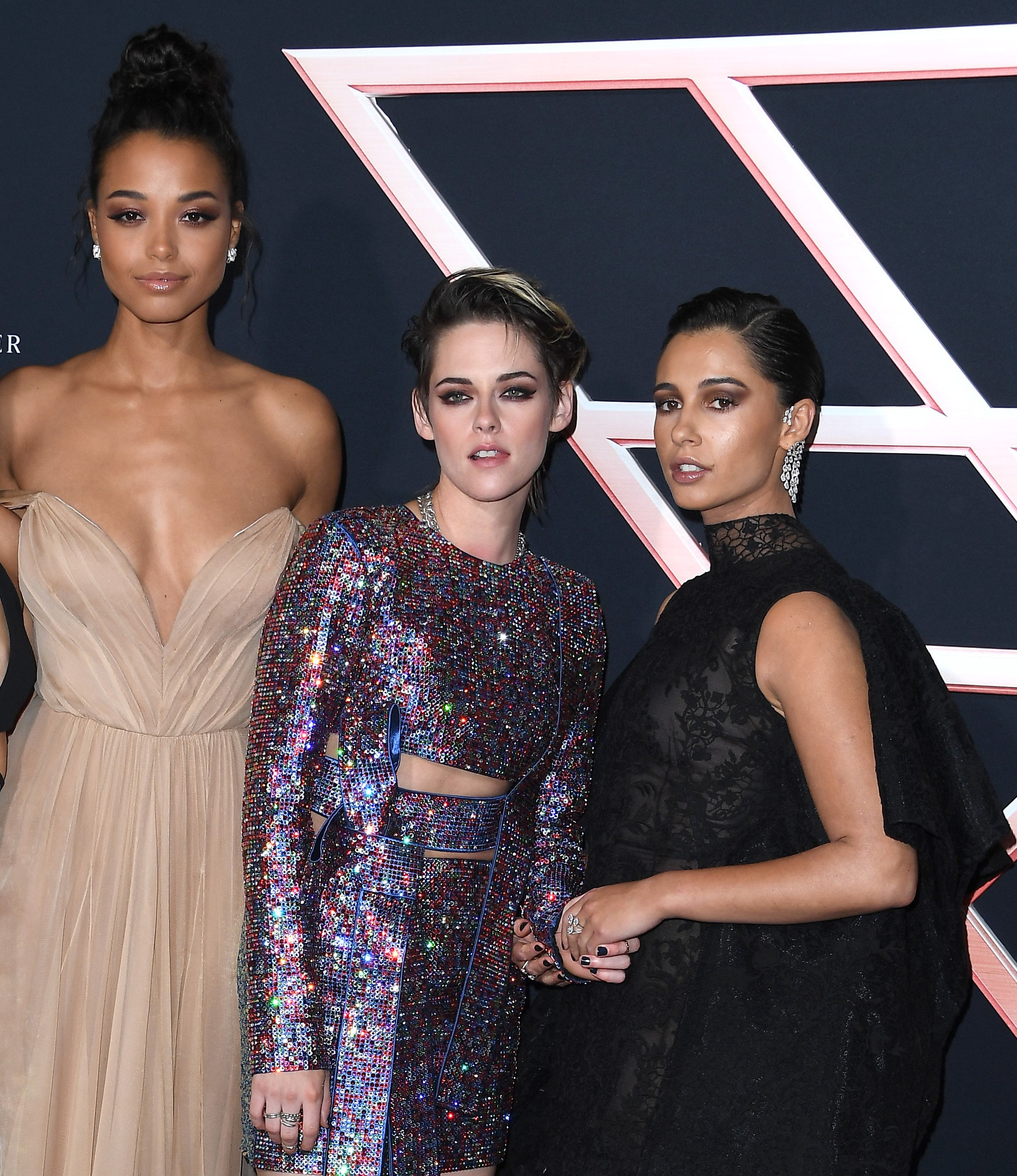 Ella Balinska, Kristen Stewart e Naomi Scott  no lançamento de As Panteras (2019) (Foto: Getty Images)