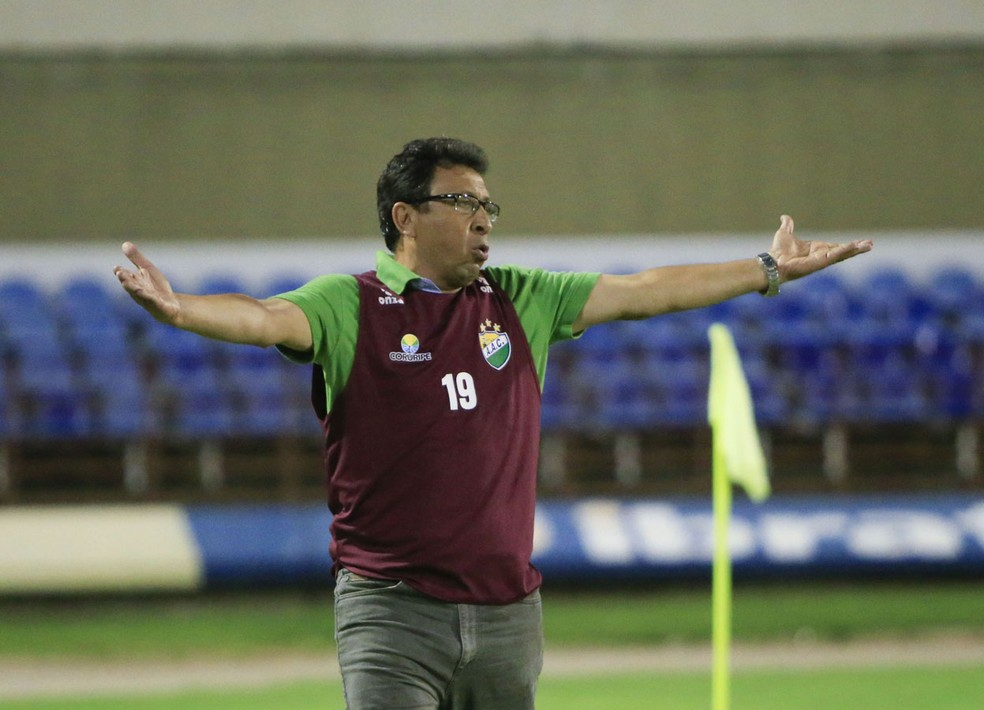 Lorival Santos comandou também o Coruripe — Foto: Ailton Cruz/ Gazeta de Alagoas