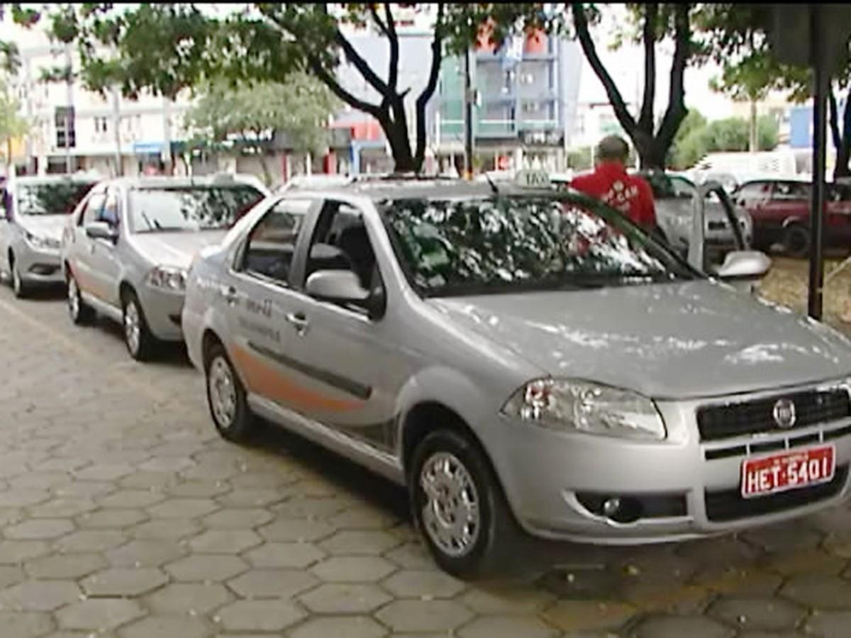 Reajuste da tarifa de táxi deve entrar em vigor ainda no primeiro semestre de 2018 em Divinópolis