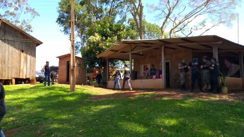 Família brasileira é sequestrada e feita refém em fazenda no Paraguai