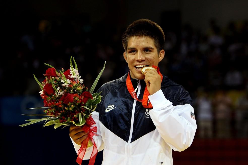 Aos 21 anos, Cejudo foi o mais jovem lutador americano a conquistar um ouro olímpico no Wrestling (Foto: GettyImages)