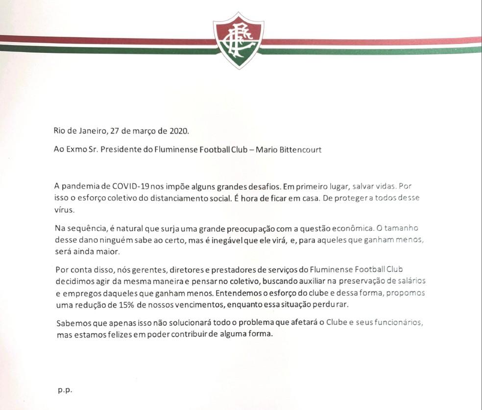 Carta dos dirigentes para a diretoria, abrindo mão de 15% dos salários — Foto: Reprodução
