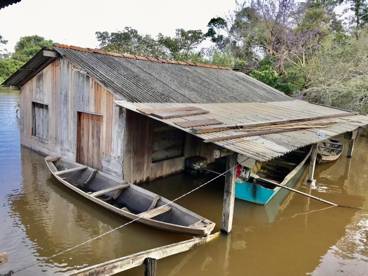 Prefeitura decreta emergência após enchente atingir mais de 900 famílias e danificar 40 escolas em Juruti