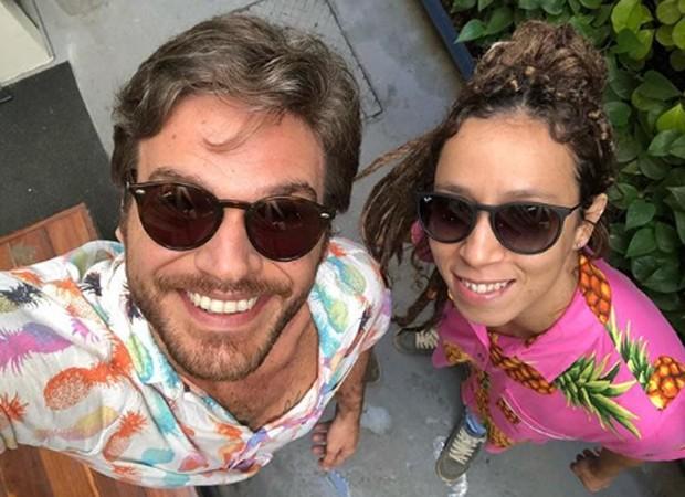Emílio Dantas e Thalita Carauta (Foto: Reprodução/Instagram)