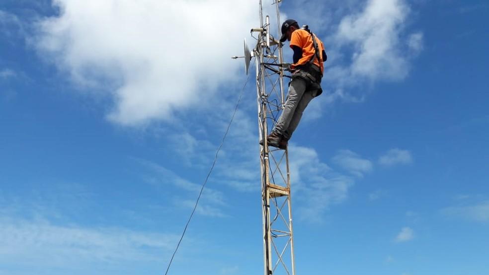 Instalador-repositor de linha e auxiliar de telecomunicações é o cargo com mais vagas — Foto: Jean Carlos Cabello/Arquivo pessoal