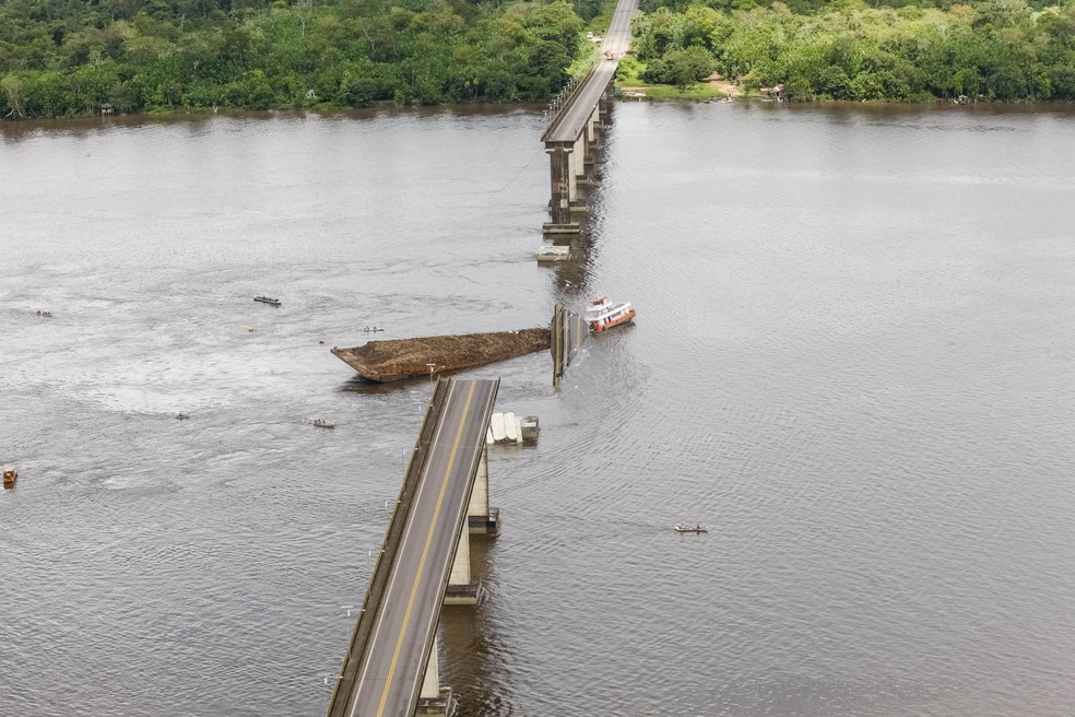 foto alca essa - Polícia ouve depoimentos sobre queda da ponte sobre o rio Moju, no Pará