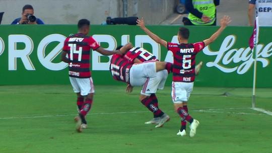 """Do sim à """"maior equipe do Brasil"""" ao Fla-Flu inesquecível: Uribe, do Flamengo, abre o jogo"""