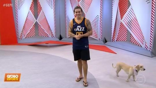 Acompanhado da cadela Regina, Whindersson Nunes pede doação para CT do Vasco no Globo Esporte; assista