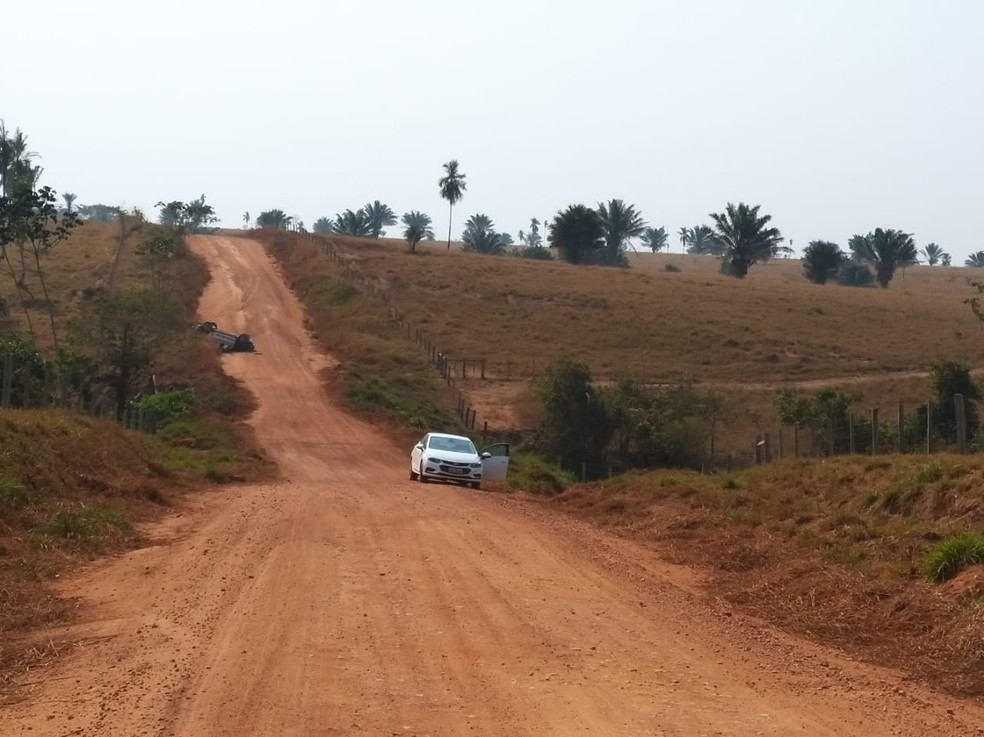 Perseguição foi feita em estrada vicinal — Foto: Divulgação