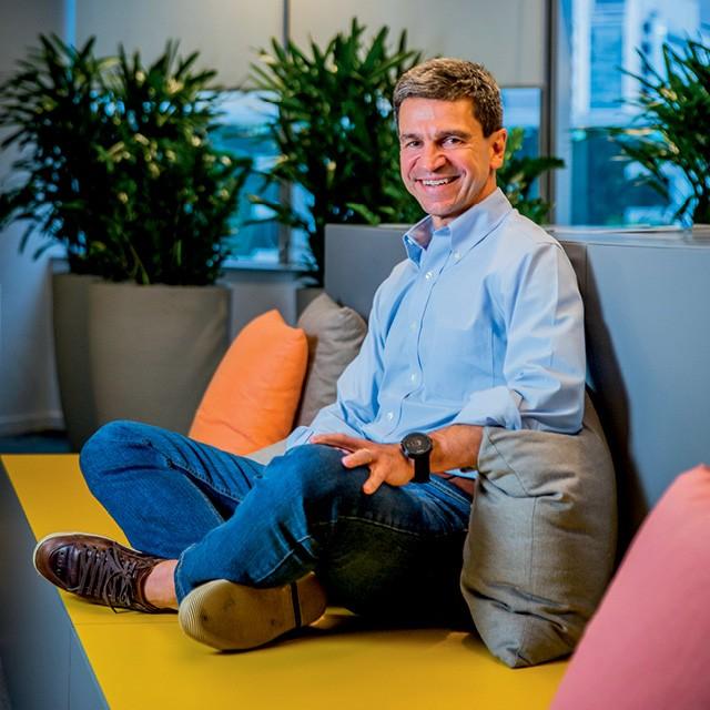 """Ernesto, CEO da Ingredion para a América Latina, quis que a sede da empresa no Brasil tivesse jeitão de """"casa do interior"""" (Foto: Anna Carolina Negri)"""