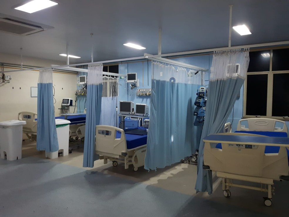 Prefeitura do Rio retirou material de leitos do CTI do Hospital Espanhol — Foto: Reprodução