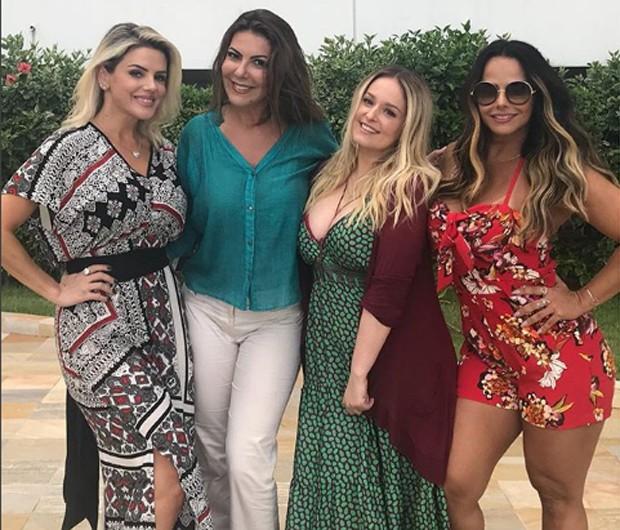Mari Alexandre, Cláudia Lira, Luciana Vendramini e Viviane Araújo (Foto: Reprodução/Instagram)