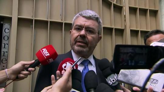 'Não há nenhum fundamento para manter o ex-presidente preso', diz advogado de Temer