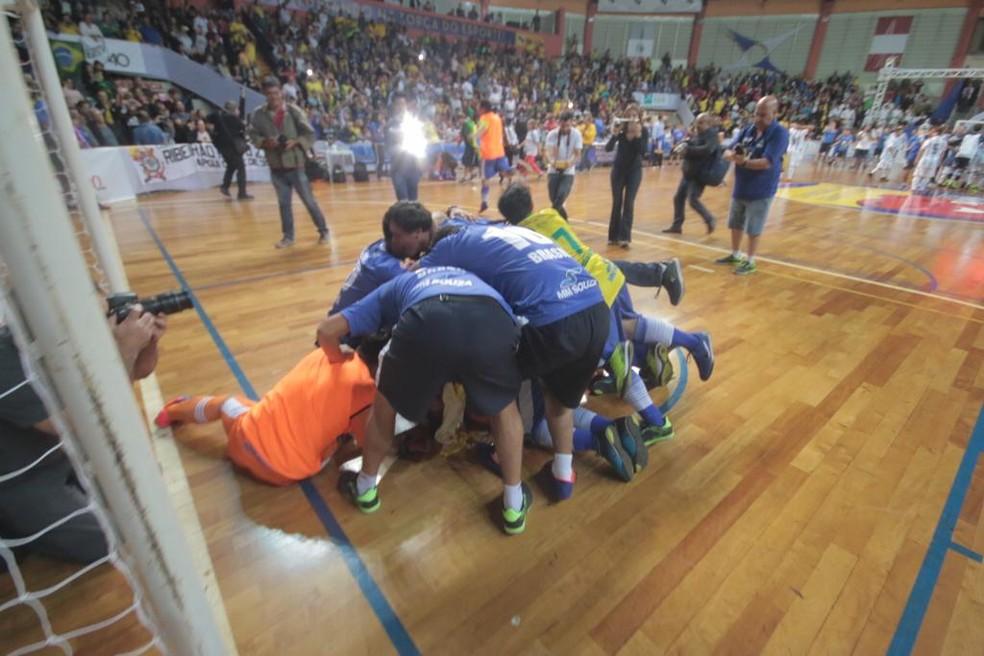 Brasil celebra conquista do Mundial de Futsal Down — Foto: F.L.Piton/Prefeitura Municipal Ribeirão Preto