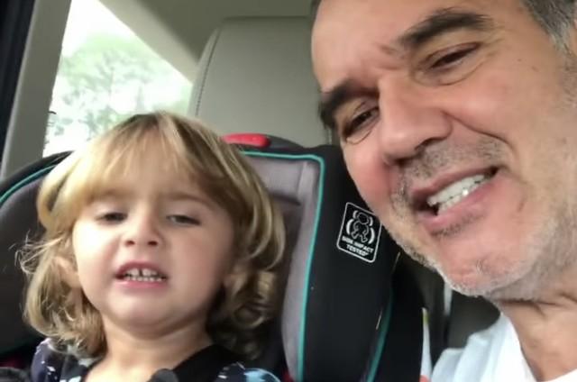 Humberto Martins e a neta, Sophia (Foto: Reprodução/Instagram)