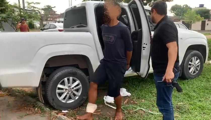Homem é preso suspeito de participar de dez roubos de veículos, em Manaus