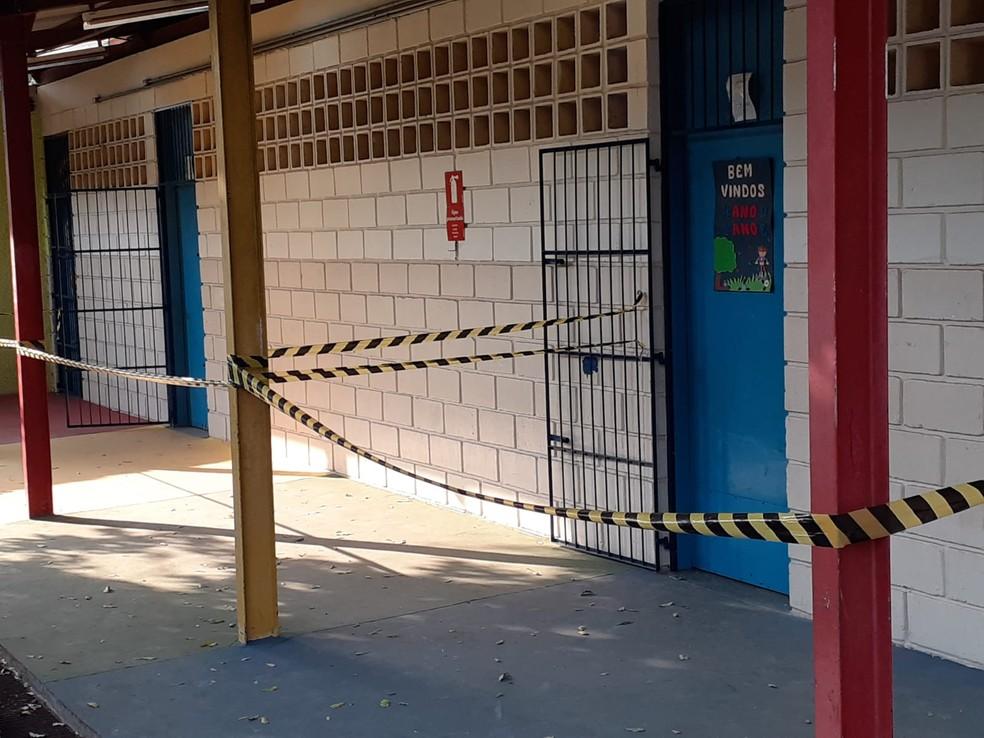 Quatro salas foram interditadas pela Defesa Civil na escola estadual em Bauru  — Foto: Defesa Civil/ Divulgação