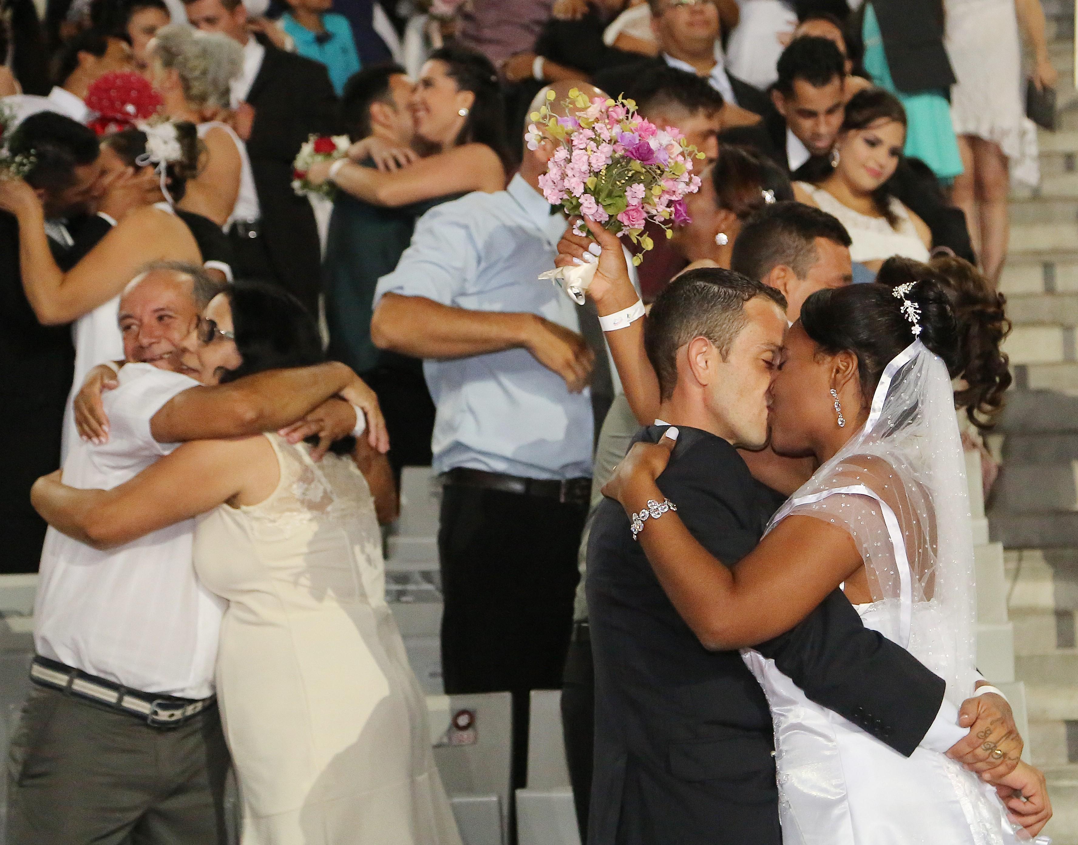 Casamento coletivo vai ocorrer em 26 de novembro em Maringá; veja como participar