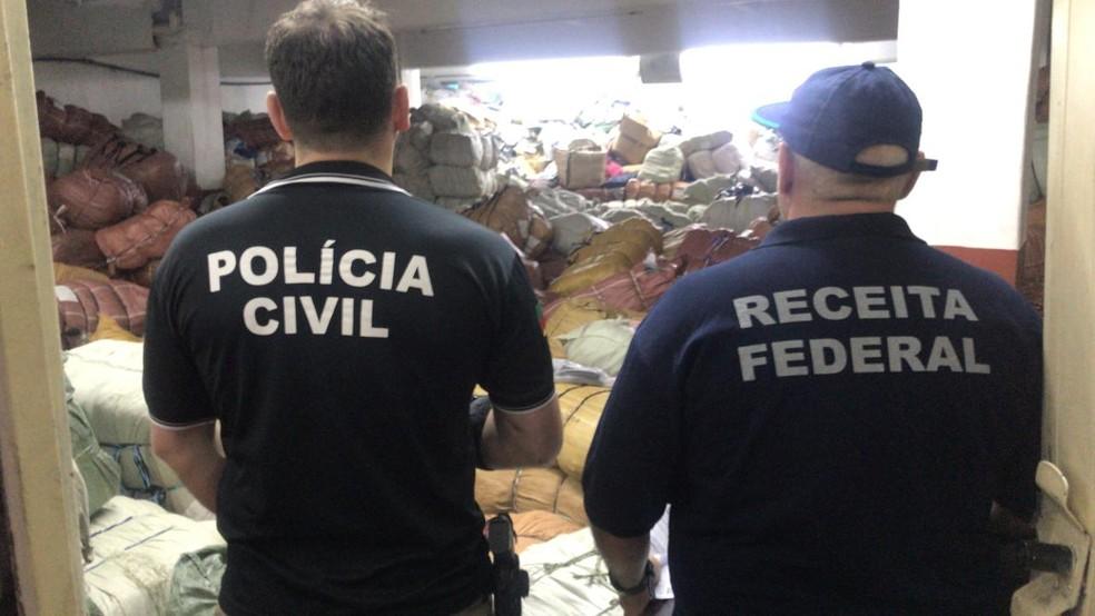 Investigação ainda não sabe precisar a quantidade de material apreendido — Foto: Polícia Civil / Divulgação