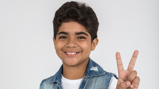 Conheça Alerrandro Costa, participante do 'The Voice Kids'