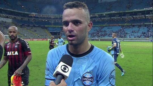 "Após empate sem gols, Luan lamenta: ""A gente merecia o gol"""