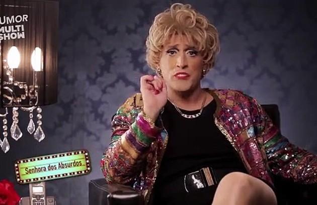 Outro papel muito conhecido do ator é a Senhora dos Absurdos, lançada em 2011 no '220 volts', do Multishow (Foto: Reprodução)