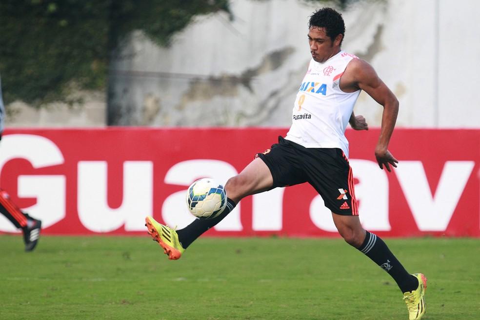 Hernane em ação pelo Flamengo (Foto: Gilvan de Souza/Flamengo)