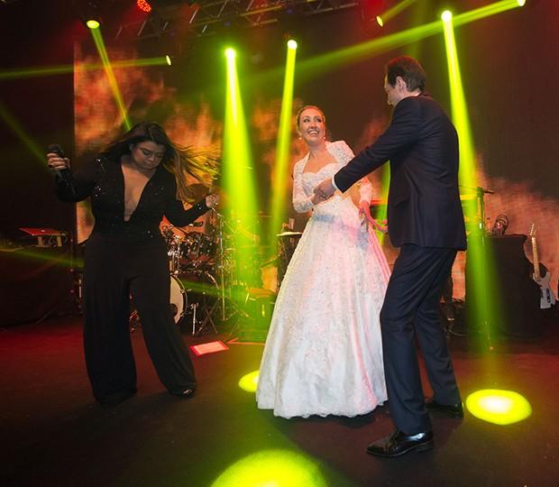 Preta Gil, Fernanda Nichelle e Carlos Eduardo Tagliari (Foto: Francisco Cepeda/AgNews)
