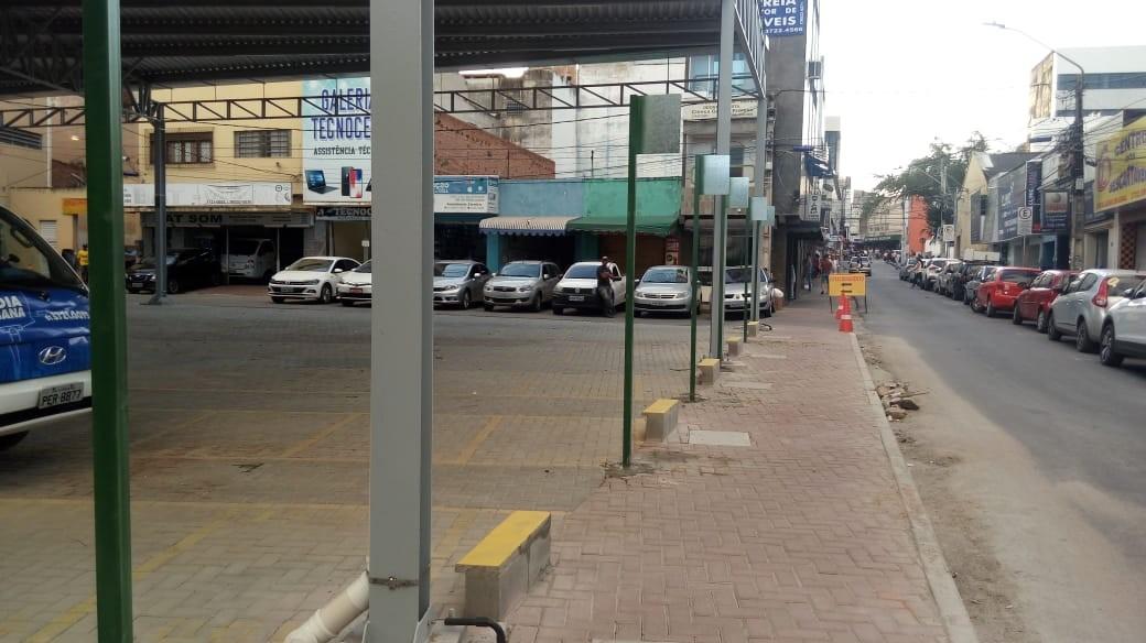 Comércio na Praça vai voltar a funcionar na segunda-feira (13) em Caruaru