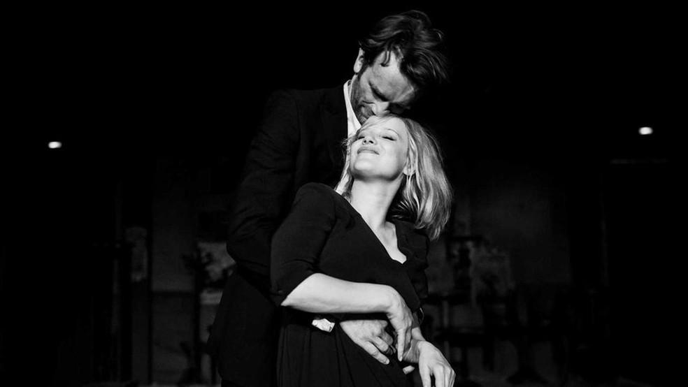 Tomasz Kot e Joanna Kulig protagonizam 'Guerra Fria' — Foto: Opus Film